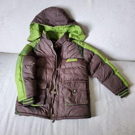 Куртка для хлопчика. Осінь, весна.