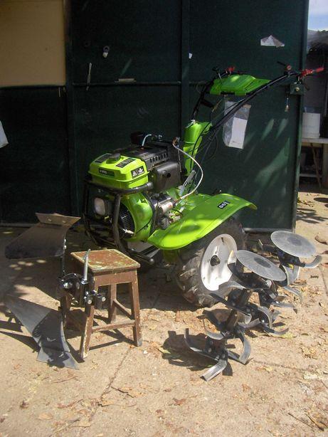 Motocultivador Diesel com transmissão direta 12CV , FRESE