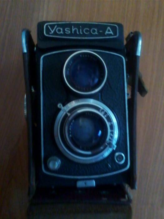 Vendo Máquina Fotográfica Yashica-A Almeirim - imagem 1