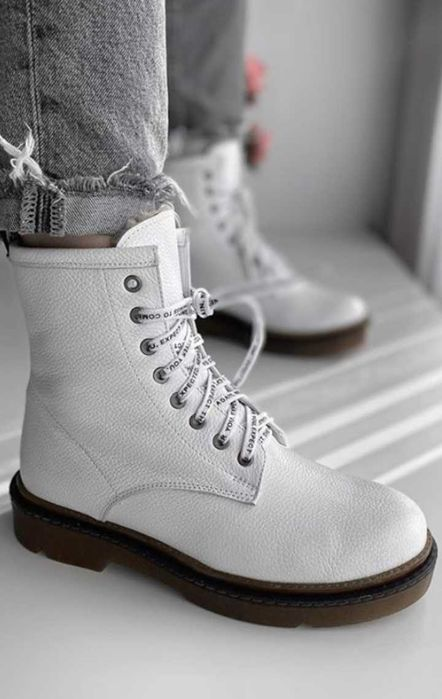 Зимние женские белые ботинки Мартинсы. Сапожки Харьков - изображение 1