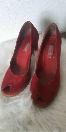 Sapatos em camurça,  tamanho 39