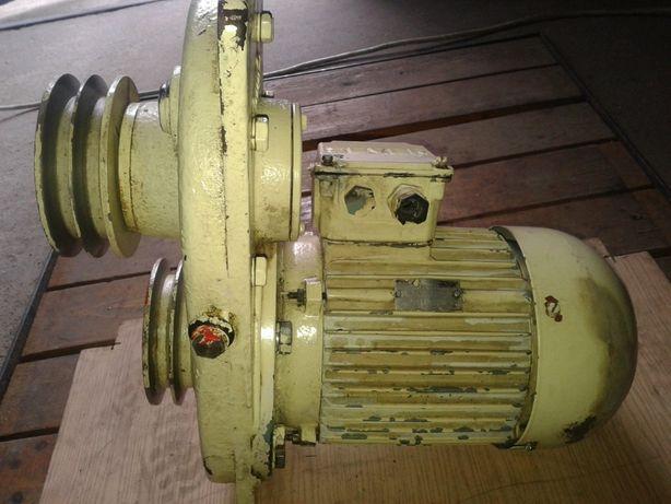 Reduktor obrotów z silnikiem 1,1 kW