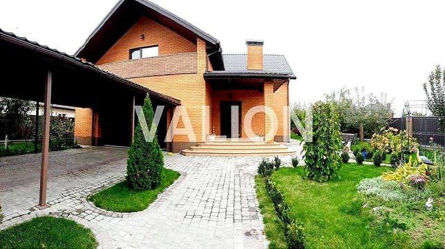 Продается Кирпичный Дом ДОМ с бассейном и баней на 10 сотках