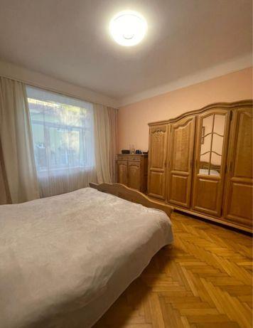 3 кімнатна квартира в центрі міста