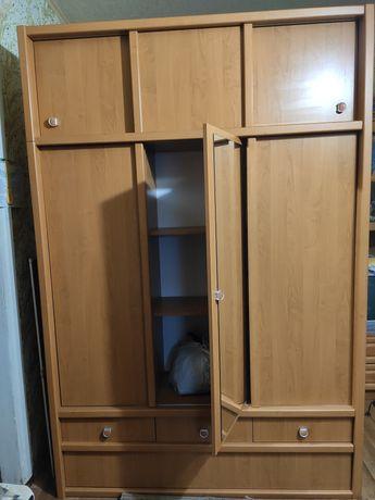 Шкаф для прихожей.
