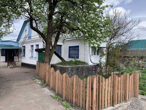 10км від Києва,Княжичі,вул. Київська 70,будинок 112м2,вода,газ.
