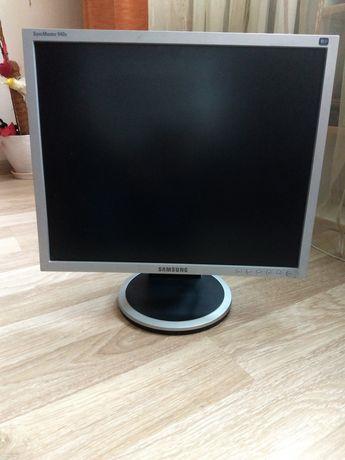 Продам монитор Samsung Sync master 940B