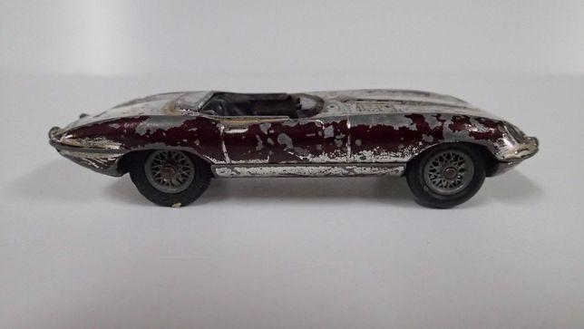 Jaguar e-type Corgi Toys
