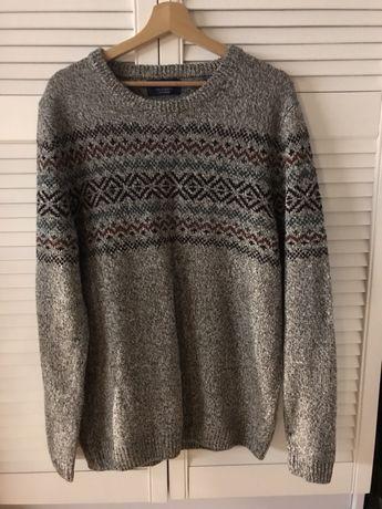 Sweter marki PULL&BEAR rozmiar XL