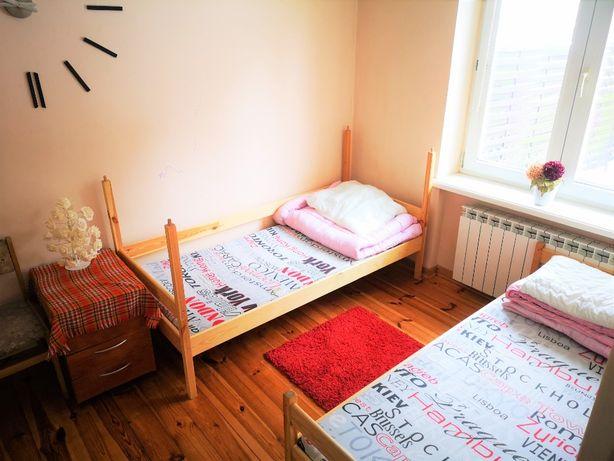 Pokoje2,4,6 osobowe, wysoki standard, WiFi, pralnia, centrum Grodziska