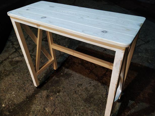 Стол деревянный на колесиках