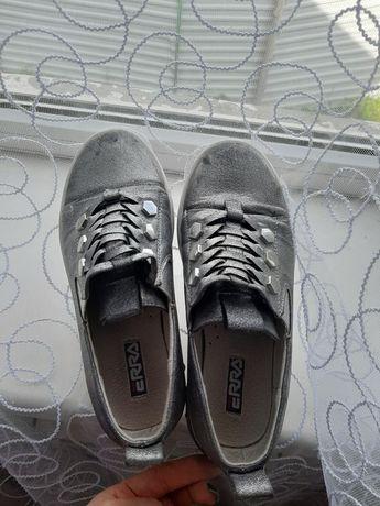 Туфлі 33 розмір 5а дівчинку