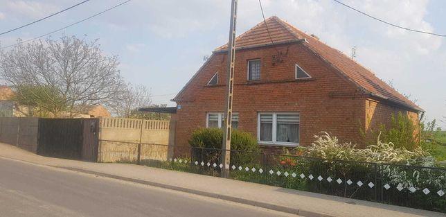 Dom jednorodzinny z ogrodem i garażem