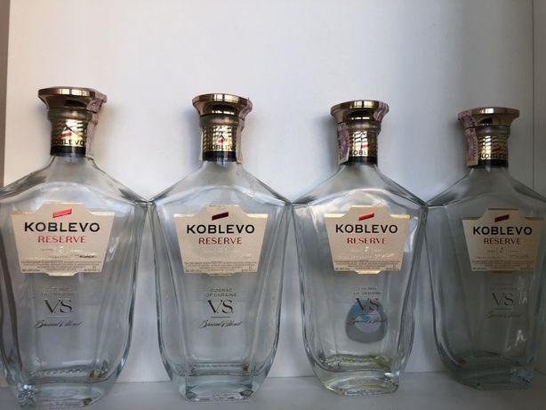 Ціна за 4 бутилк з коньяку з кришкою Koblevo V.S.