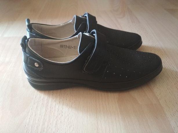 туфлі 35 розмір 22 см