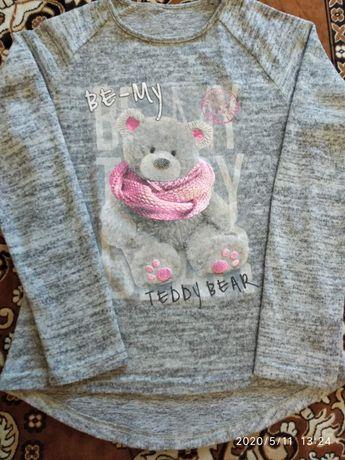 Продам свитерки и кофты на 7-10 лет