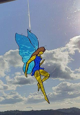 """Fada """"Skye"""" em vitral. 29 cm"""