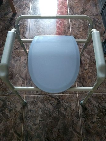 Krzesło sanitarne toaleta inwalidzka