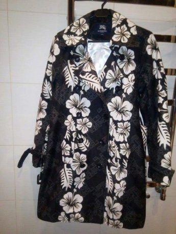 Женское пальто-плащ Burberry, размер с-м