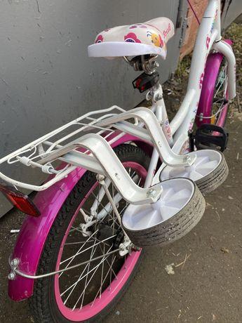 Дитячий велосипед для дівчинки