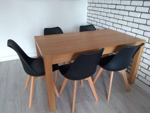 Stol o wymiarach 140x80cm