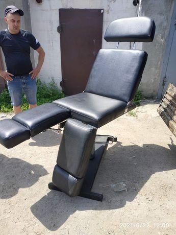 Кресло для мастеров тату