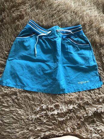 Короткая юбка ( подойдёт для тенниса )