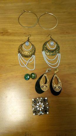 Brincos e pendentes vários em bijuteria