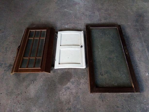 Portas decorativas em madeira
