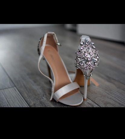 Piękne sandałki, cyrkonie, rozmiar 38