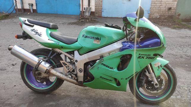 Kawasaki ninja  zx750 торг