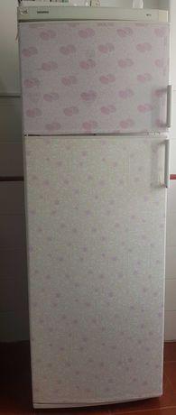 Frigorifico com freezer