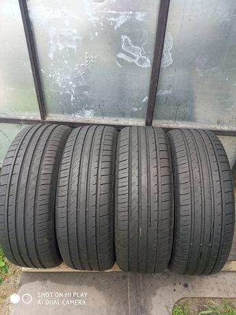 Продам шини б/у 235/60R18