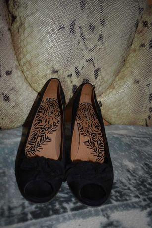 Туфли босоножки замшевые 42 р.