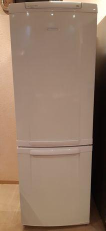 Холодильник 10 000р