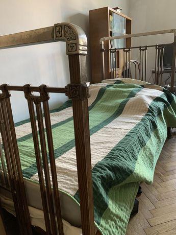 Łóżko mosiężne 100 lat w bardzo dobrym stanie antyk