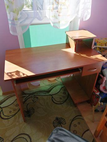 Biurko 110x60x80,5 cm kolor calvados z czarnym krzesłem lub bez