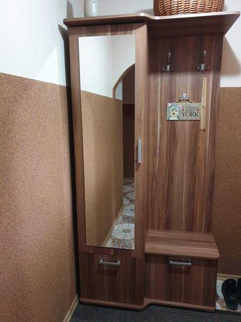 Szafa na korytarz przedpokój garderoba.