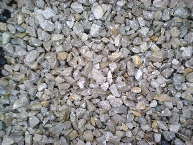 Grys kremowo szary ogrodowy kamień plac droga ozdobny kruszywo