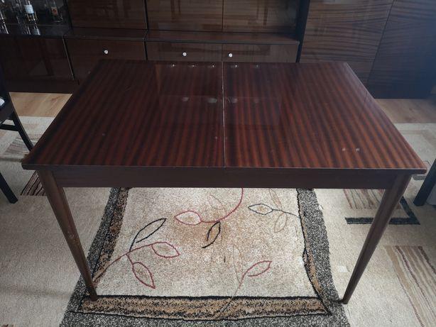 Stół rozkładany z PRL, wysoki polysk