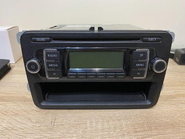 Radioodtwarzacz CD Volkswagen Golf V Plus oryginał