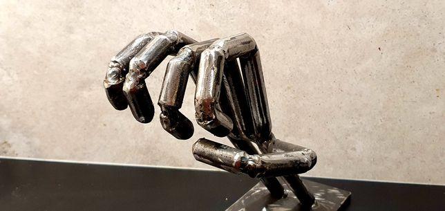 Ozdoba - dłoń industrial