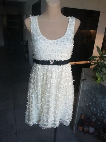 R. 38 nowa śliczna sukienka w kokardki