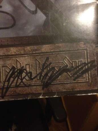 Livro X-Factour IRON MAIDEN assinado