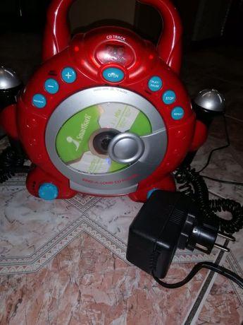 Магнитофон детский.Проигрыватель.Музыка.