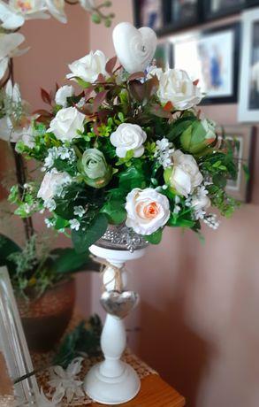 Kompozycja kwiatowa.Dekoracja ślubna,komunijna!
