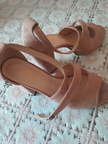 Женская обувь недорого.