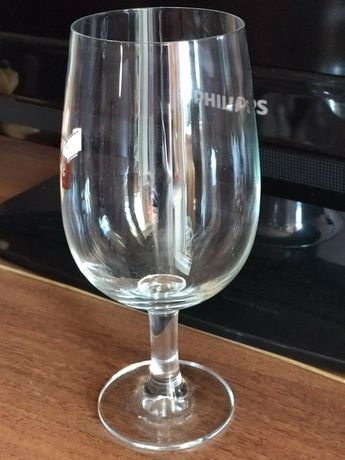 Фужеры для напитков