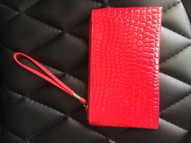 Женская красная сумка клатч, кошелем.