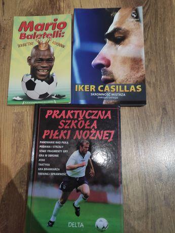 Zestaw ksiazek o tematyce piłkarskiej